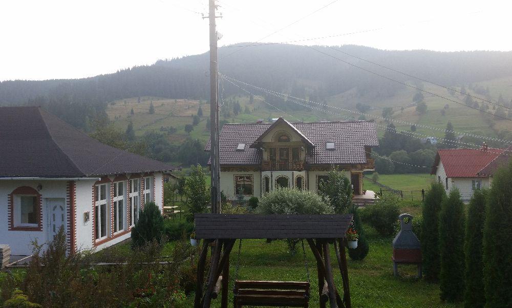 adelaparvu.com despre Ciocanesti, case cu motive traditionale, Bucovina, Romania (137)
