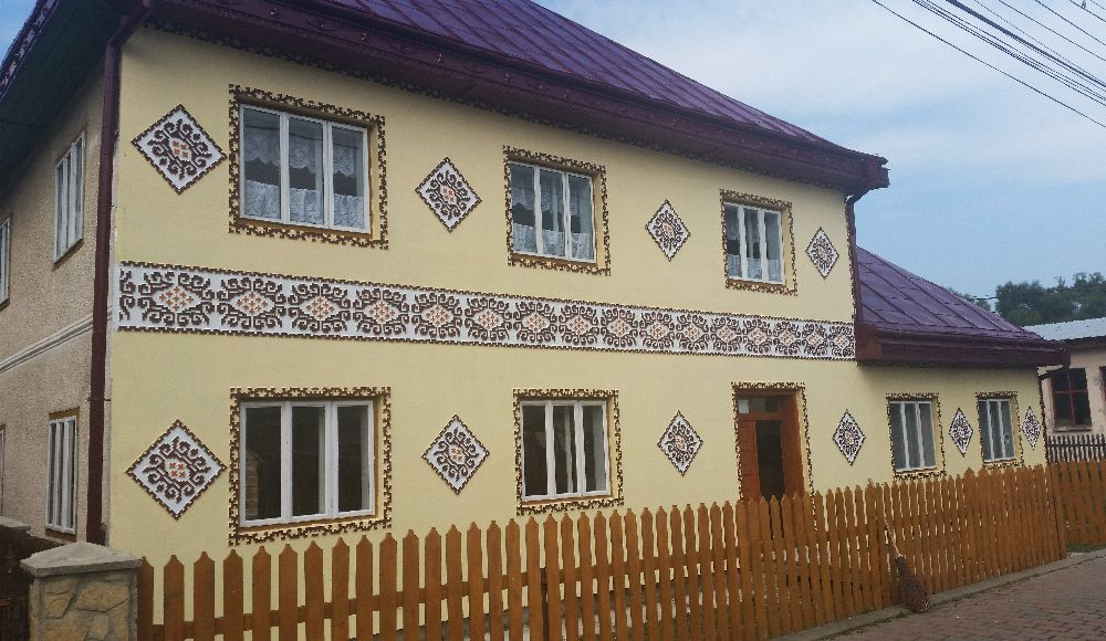 adelaparvu.com despre Ciocanesti, case cu motive traditionale, Bucovina, Romania (20)