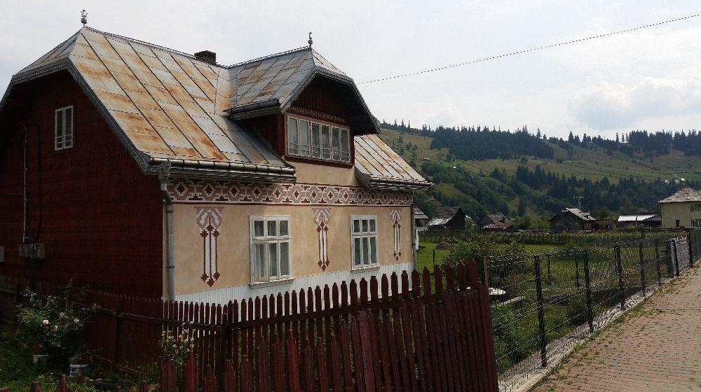 adelaparvu.com despre Ciocanesti, case cu motive traditionale, Bucovina, Romania (24)