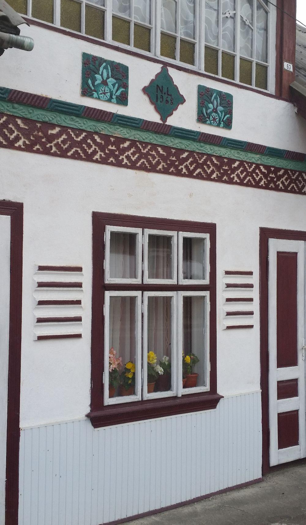 adelaparvu.com despre Ciocanesti, case cu motive traditionale, Bucovina, Romania (32)