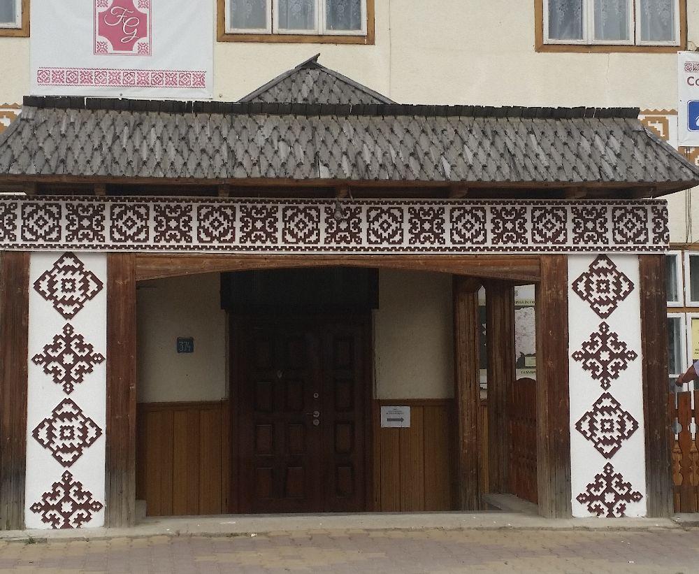 adelaparvu.com despre Ciocanesti, case cu motive traditionale, Bucovina, Romania (37)