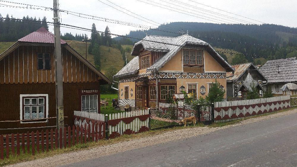 adelaparvu.com despre Ciocanesti, case cu motive traditionale, Bucovina, Romania (58)