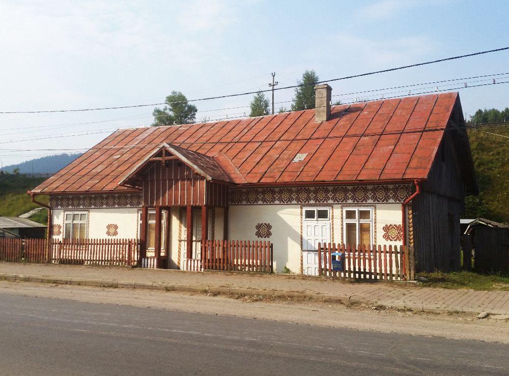 adelaparvu.com despre Ciocanesti, case cu motive traditionale, Bucovina, Romania (6)