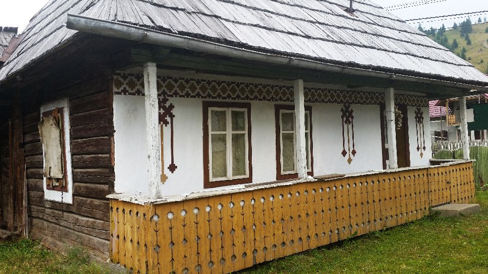 adelaparvu.com despre Ciocanesti, case cu motive traditionale, Bucovina, Romania (68)