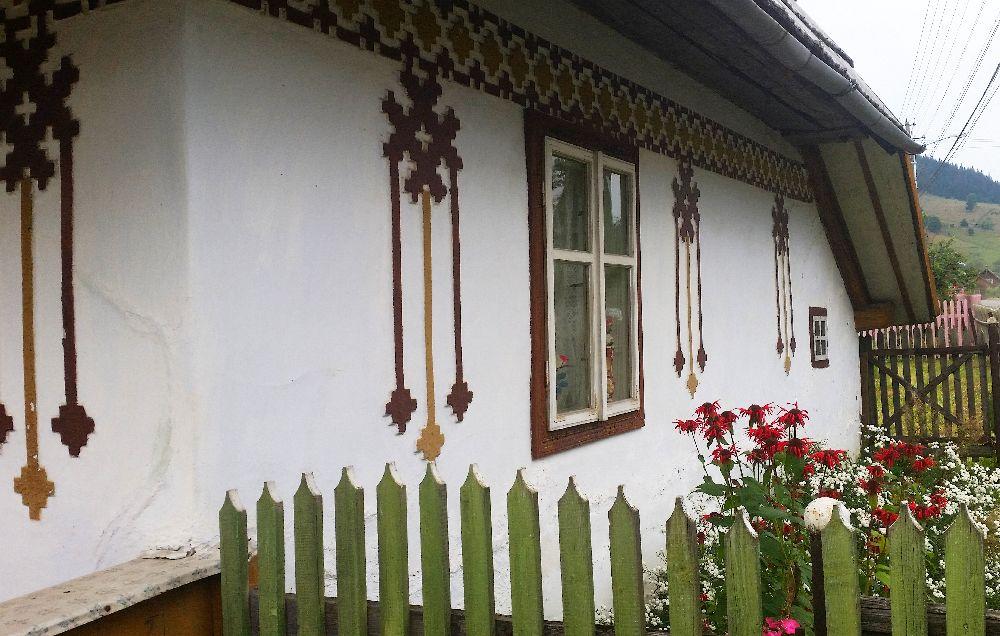 adelaparvu.com despre Ciocanesti, case cu motive traditionale, Bucovina, Romania (70)