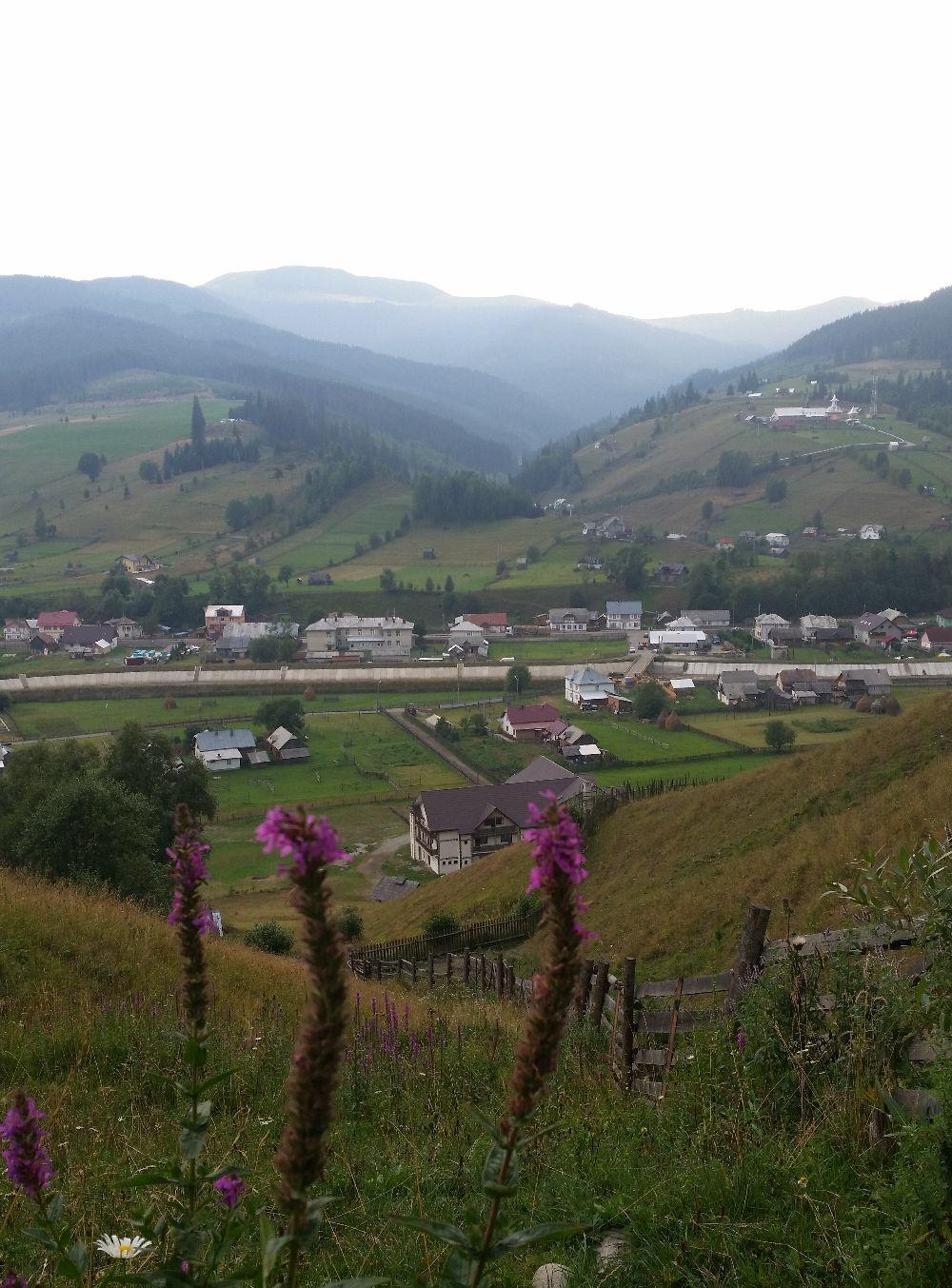 adelaparvu.com despre Ciocanesti, case cu motive traditionale, Bucovina, Romania (95)