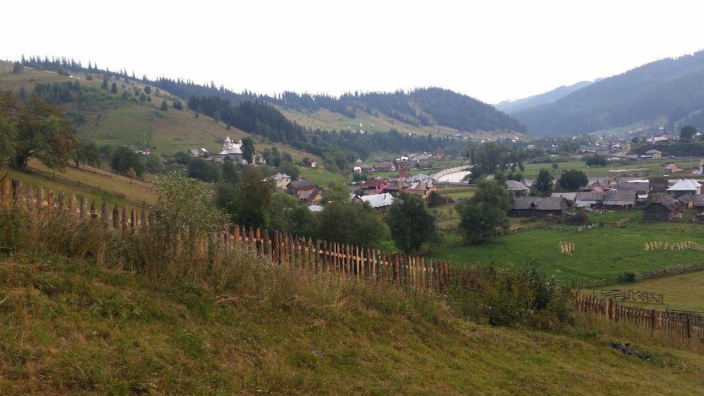 adelaparvu.com despre Ciocanesti, case cu motive traditionale, Bucovina, Romania (96)