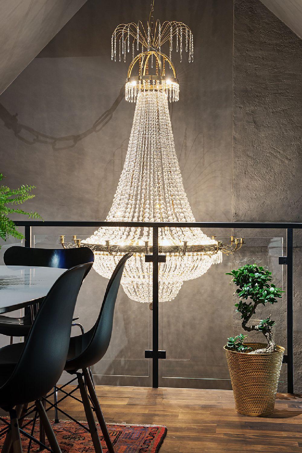 adelaparvu.com despre locuinta la mansarda cu pereti gri inchis, loft 120 mp Suedia, Foto Alvhem makleri (17)