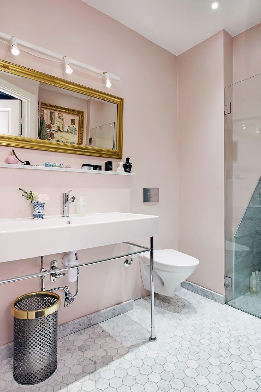 adelaparvu.com despre locuinta la mansarda cu pereti gri inchis, loft 120 mp Suedia, Foto Alvhem makleri (22)