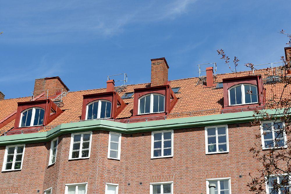 adelaparvu.com despre locuinta la mansarda cu pereti gri inchis, loft 120 mp Suedia, Foto Alvhem makleri (23)