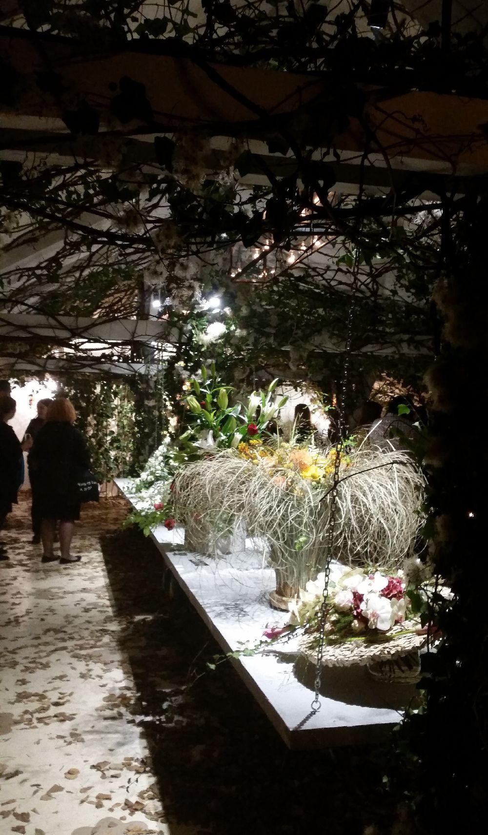 adelaparvu.com despre 45 de ani aniversare Floraria Iris, design floral Nicu Bocancea (11)