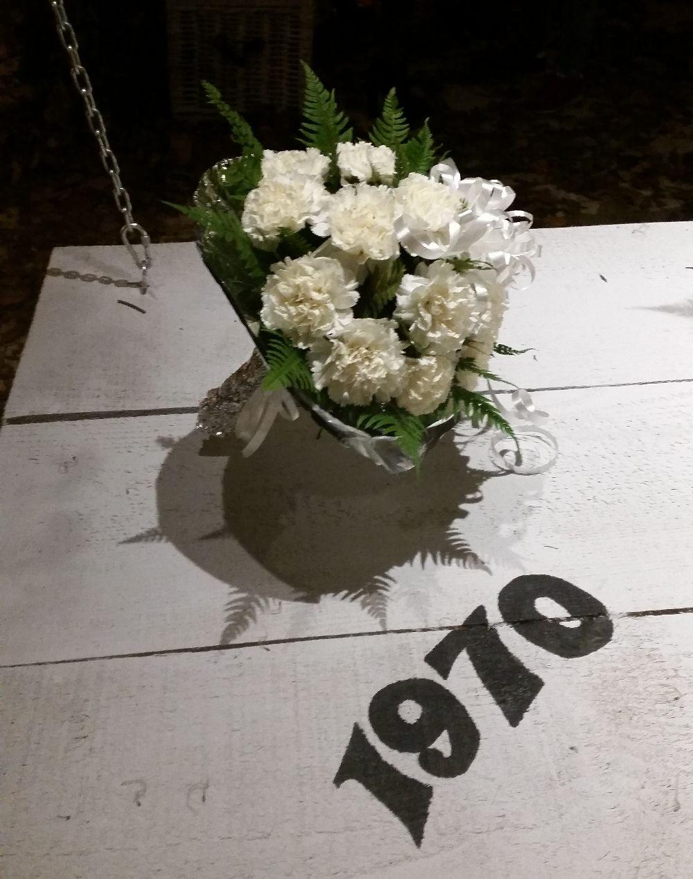 adelaparvu.com despre 45 de ani aniversare Floraria Iris, design floral Nicu Bocancea (2)