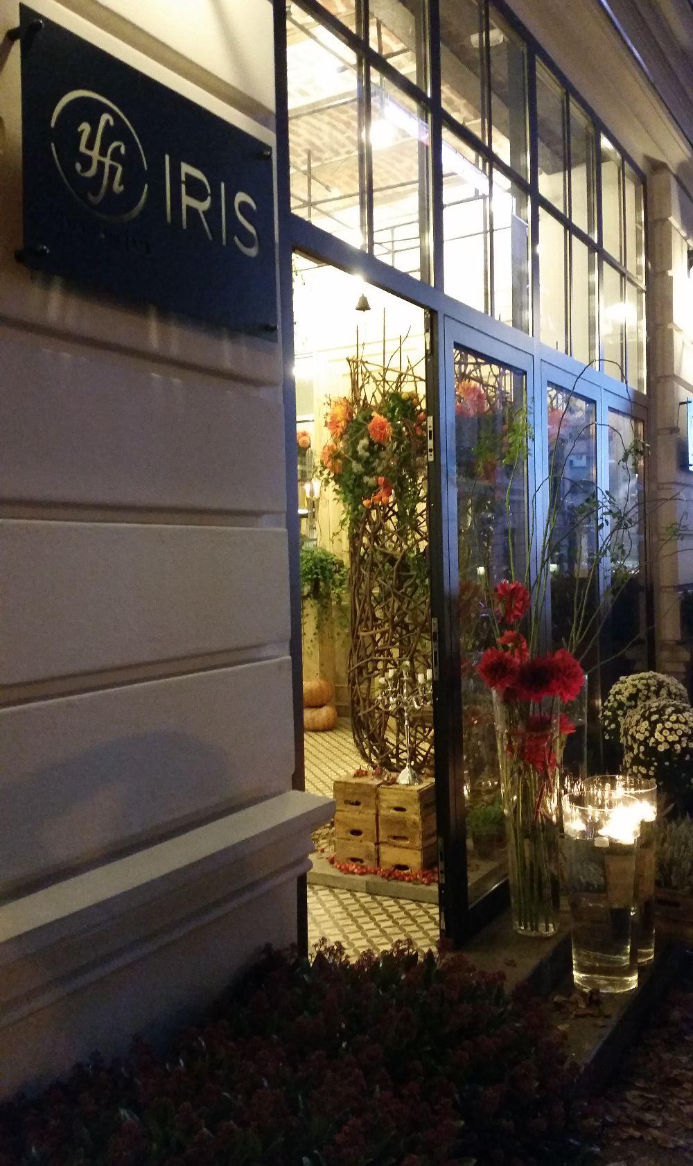 adelaparvu.com despre 45 de ani aniversare Floraria Iris, design floral Nicu Bocancea (44)