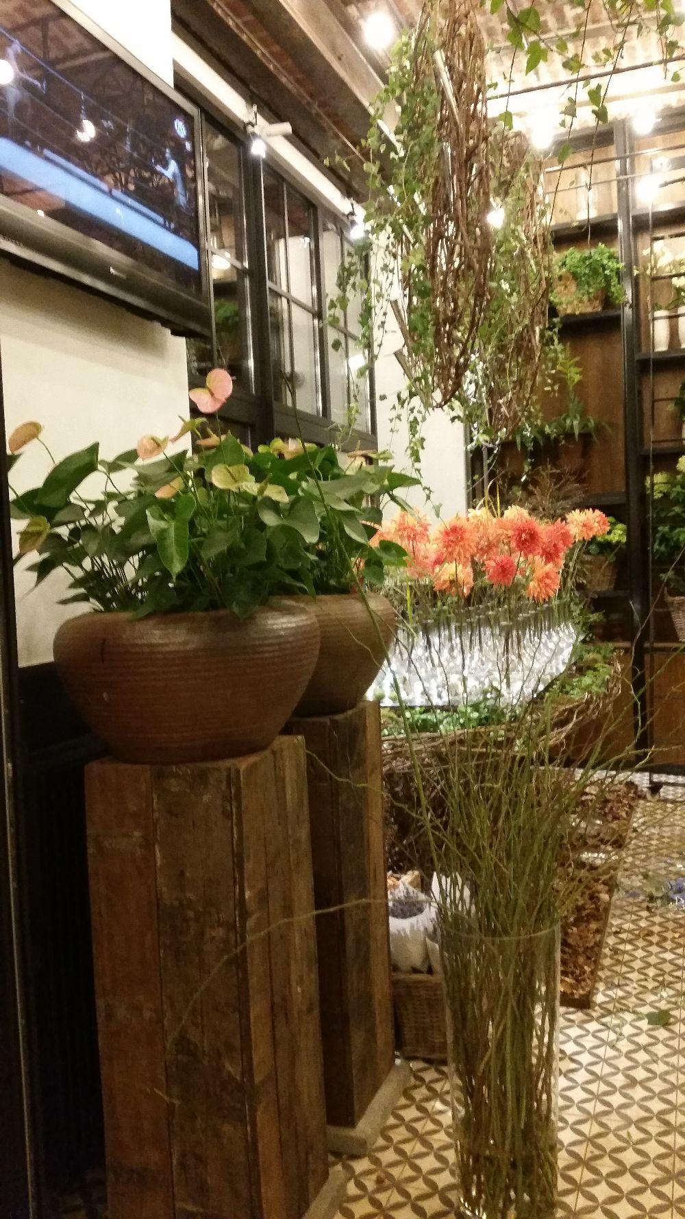 adelaparvu.com despre 45 de ani aniversare Floraria Iris, design floral Nicu Bocancea (48)