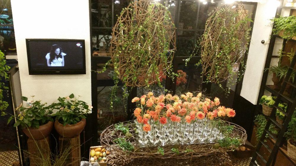 adelaparvu.com despre 45 de ani aniversare Floraria Iris, design floral Nicu Bocancea (51)