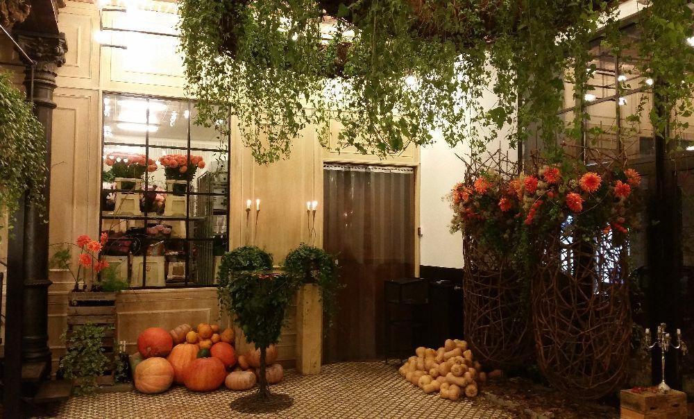 adelaparvu.com despre 45 de ani aniversare Floraria Iris, design floral Nicu Bocancea (57)