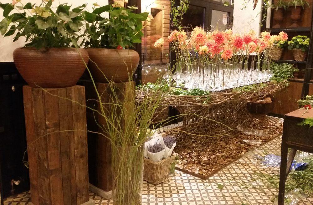 adelaparvu.com despre 45 de ani aniversare Floraria Iris, design floral Nicu Bocancea (59)