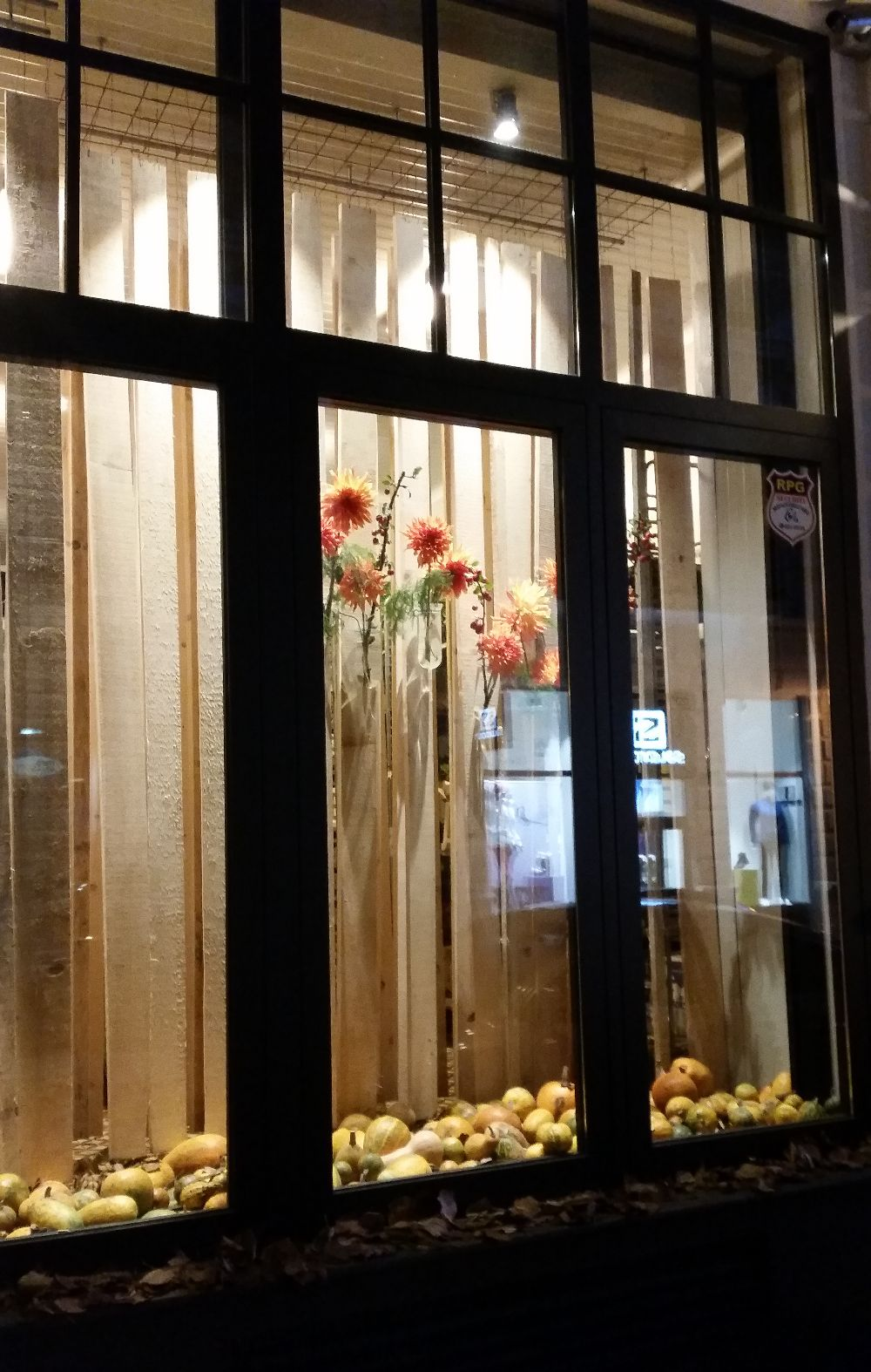 adelaparvu.com despre 45 de ani aniversare Floraria Iris, design floral Nicu Bocancea (61)