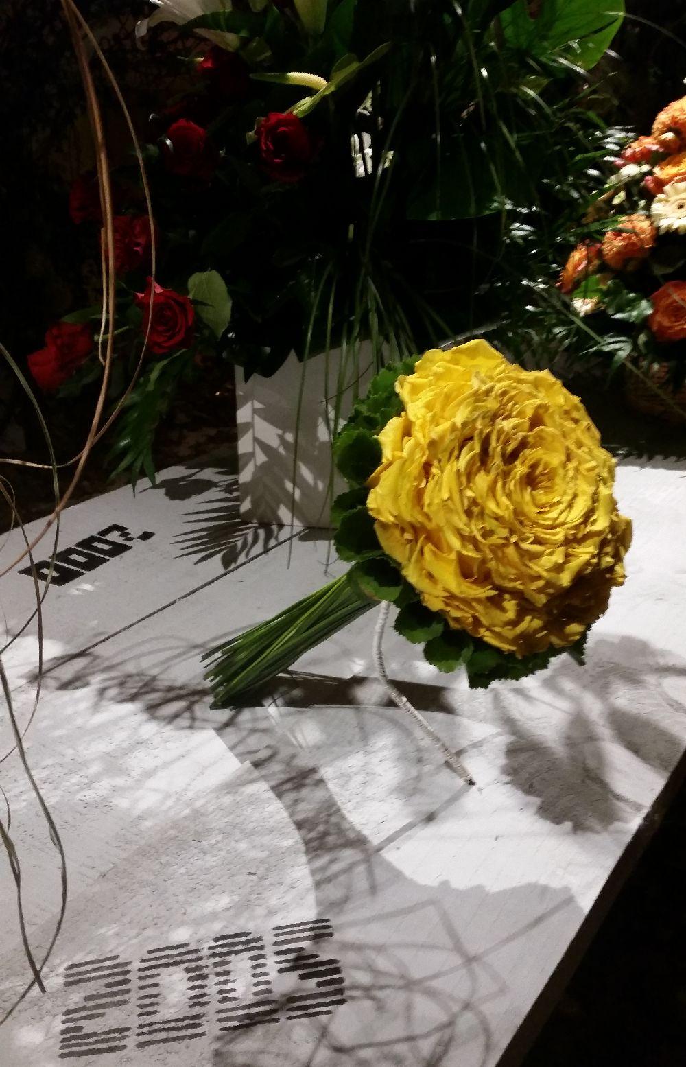 adelaparvu.com despre 45 de ani aniversare Floraria Iris, design floral Nicu Bocancea (8)