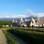 adelaparvu.com despre Castelul de Lut Valea Zanelor, Agroturistic Hotel, Romania, arhitectura Ileana Mavrodin (15)