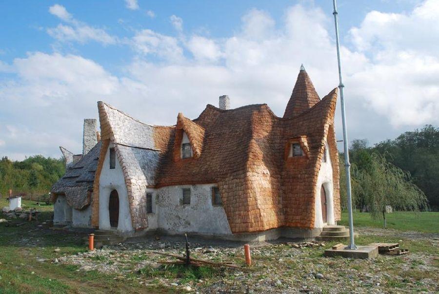 adelaparvu.com despre Castelul de Lut Valea Zanelor, Agroturistic Hotel, Romania, arhitectura Ileana Mavrodin (21)
