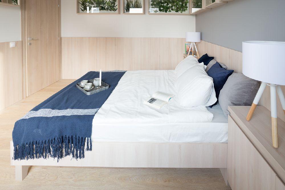 adelaparvu.com despre amenajare apartament 3 camere, The Park, Bucuresti, design interior arh Attila Kim, arh Bogdan Ciocodeica si arh Diana Rosu (9)