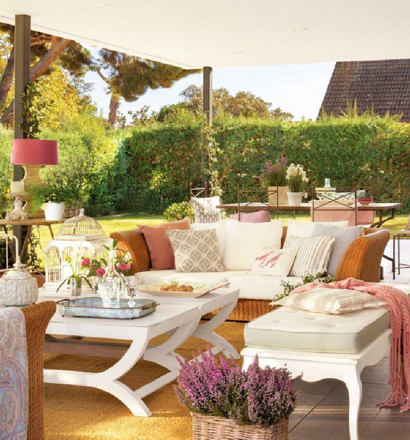 adelaparvu.com despre casa romantica in tonuri pastelate, casa Spania, design interior Isabel Flores, Foto ElMueble (1)