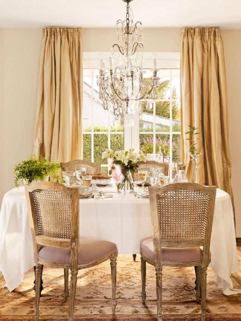 adelaparvu.com despre casa romantica in tonuri pastelate, casa Spania, design interior Isabel Flores, Foto ElMueble (6)