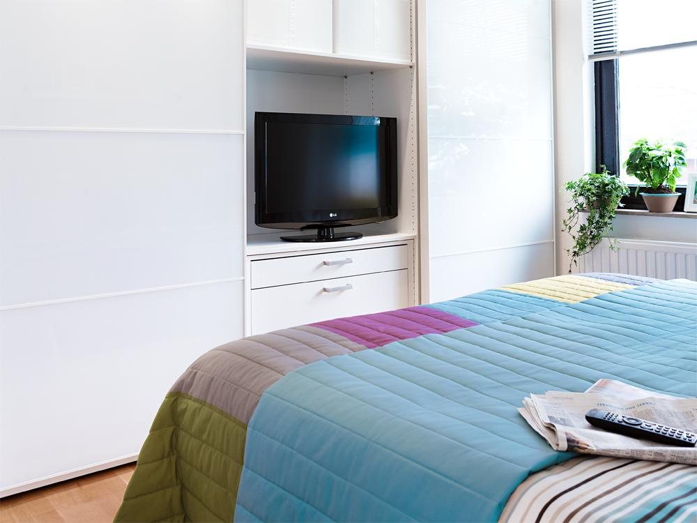 adelaparvu.com despre dormitor reamenajat, de la rustic la modern, Foto Zuhause Wohnen (11)