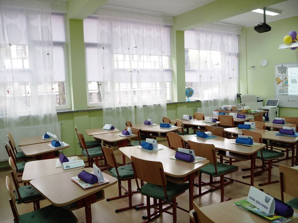 adelaparvu.com despre sala de clasa reamenajata, arh. Adina Buzea (2)