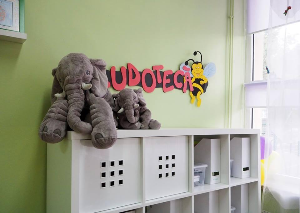 adelaparvu.com despre sala de clasa reamenajata, arh. Adina Buzea (5)