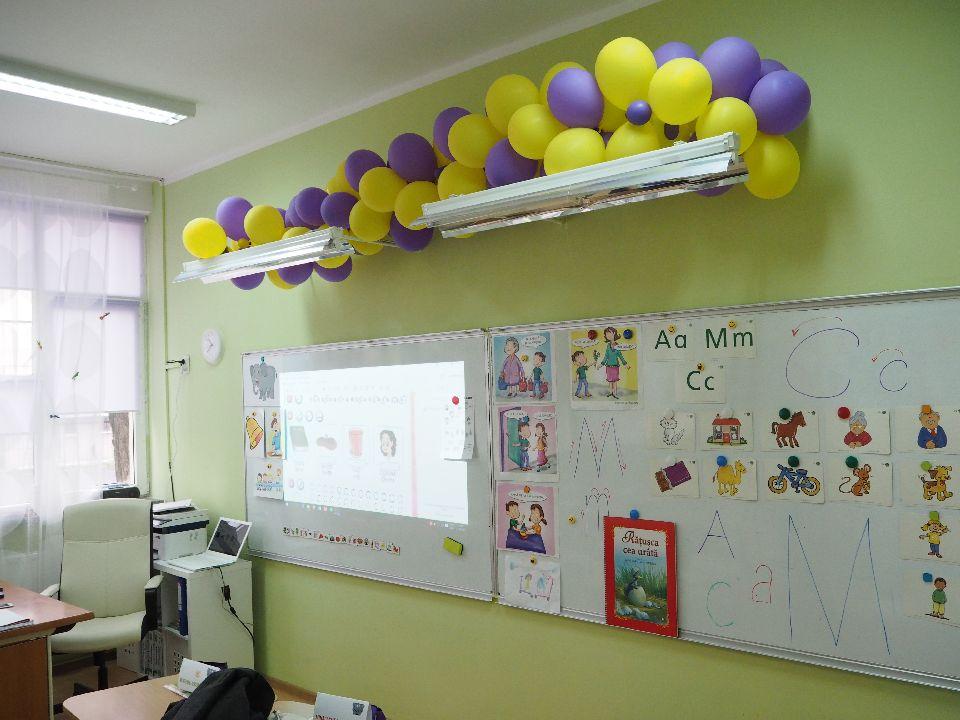 adelaparvu.com despre sala de clasa reamenajata, arh. Adina Buzea