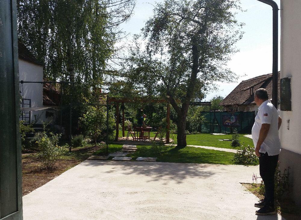 adelaparvu.com despre casa familiei Boboc din Cincsor, Visuri la Cheie, episodul 5 sezonul 2, ProTv (27)