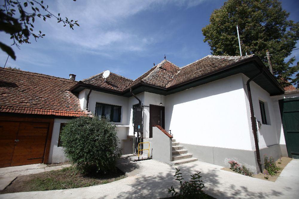 adelaparvu.com despre casa familiei Boboc din Cincsor, Visuri la Cheie, episodul 5 sezonul 2, ProTv (59)
