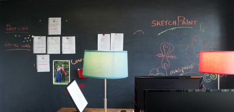 adelaparvu.com despre vopsea cu efect de tabla alba, vopsea SketchPaint de la magazinul Dulux culori si idei (1)