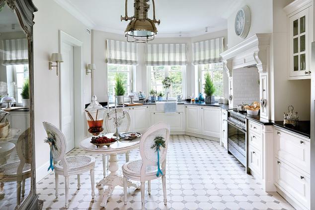 adelaparvu.com despre casa cu interior clasic Polonia frumos decorata de Craciun, Foto Aneta Tryczynska, Weranda (13)