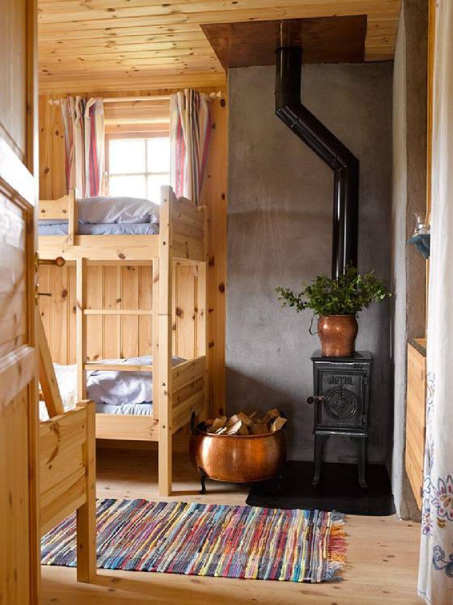 adelaparvu.com despre casa veche restaurata in Norvegia, casa de lemn in Hornsjo, Foto Per Erik Jaeger (12)