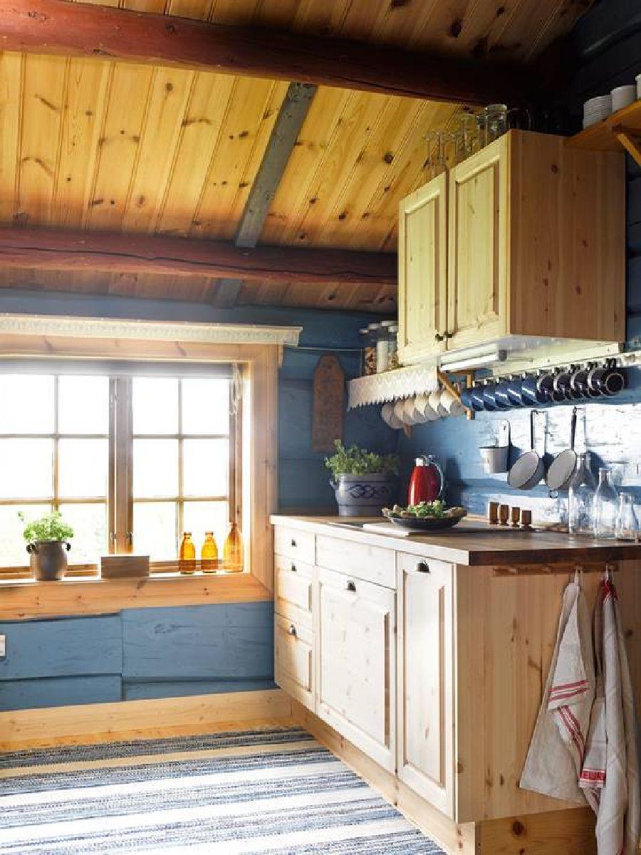 adelaparvu.com despre casa veche restaurata in Norvegia, casa de lemn in Hornsjo, Foto Per Erik Jaeger (9)