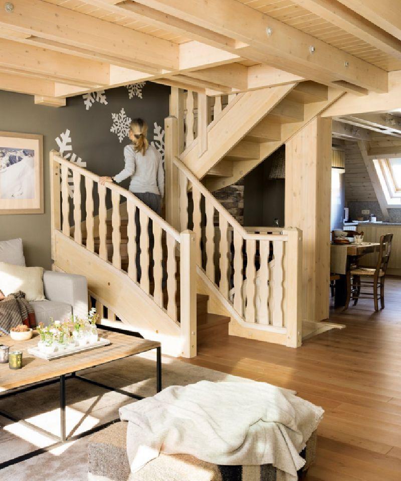 adelaparvu.com despre mansarda din lemn modern amenajata, design interior Carolina Juanes, Foto ElMueble (6)