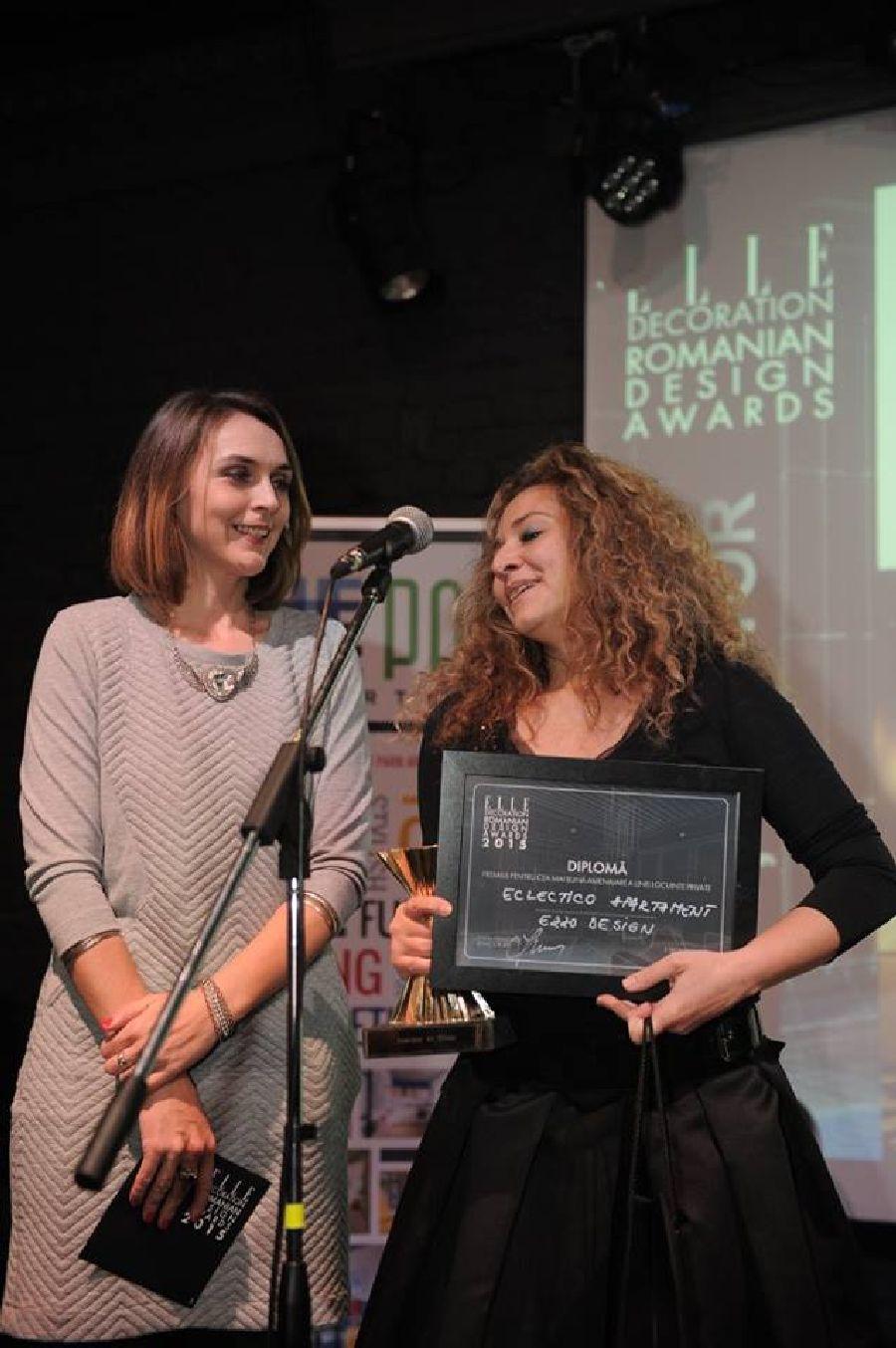 adelaparvu.com despre premiile Elle Decoration 2015, Adela Parvu inmanarea premiului pentru cea mai buna amenajare a unei locuinte