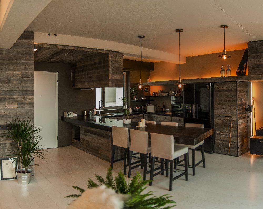 adelaparvu.com despre amenajare apartament cu lemn masiv, design interior arh Ciprian Manda, Foto Aliona Danielescu, Niculae Stoleriu  (19)