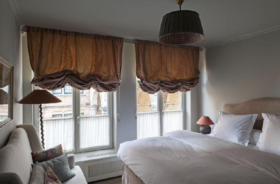 adelaparvu.com despre apartament la mansarda in stil rustic, Bruges, Apartment Dijver (15)