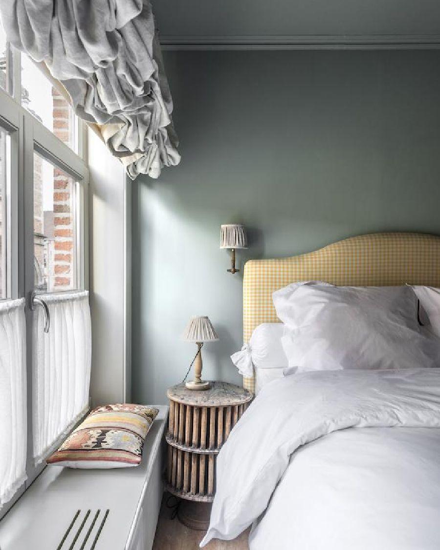 adelaparvu.com despre apartament la mansarda in stil rustic, Bruges, Apartment Dijver (4)