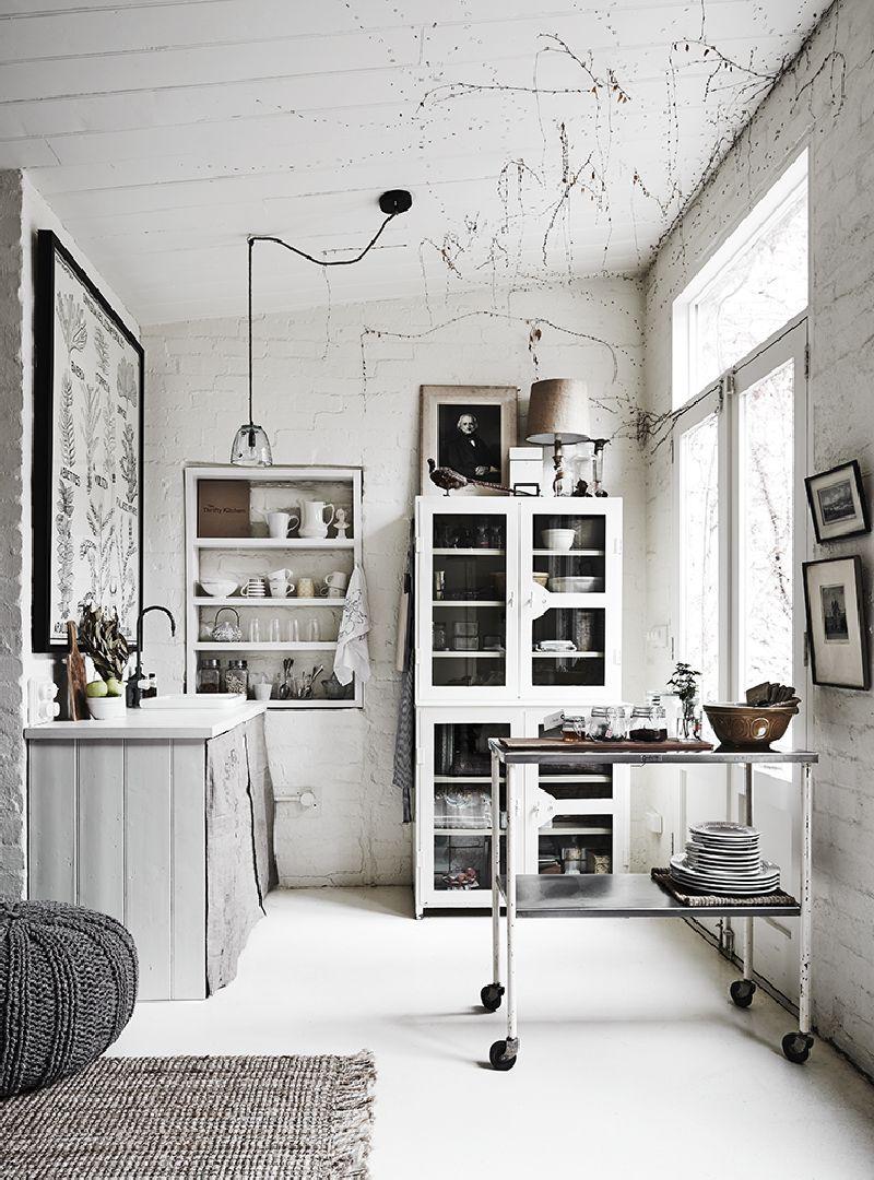 adelaparvu.com despre casa in fosta fabrica, The White Room Australia, designer Lynda Gardener Foto Est Magazine, Lisa Cohen (1)