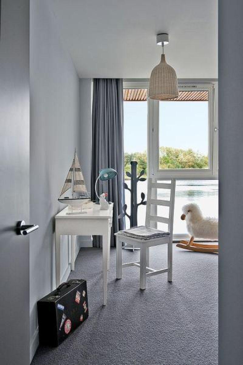 adelaparvu.com despre casa moderna pe malul lacului, casa Anglia, Gloucestershire, Foto Weranda, Polly Eltes, Narratives (14)