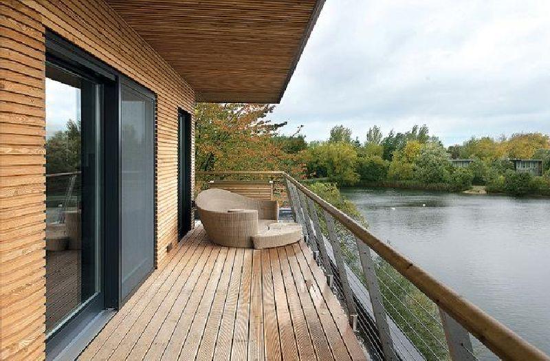 adelaparvu.com despre casa moderna pe malul lacului, casa Anglia, Gloucestershire, Foto Weranda, Polly Eltes, Narratives (4)