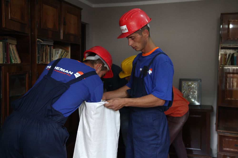 adelaparvu.com despre de ce se gasesc greu mesteri buni in Romania, Foto din emisiunea Visuri la cheie, ProTv (5)