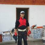 adelaparvu.com despre de ce se gasesc greu mesteri buni in Romania, in foto mesterul sobar Lulu Berci (6)