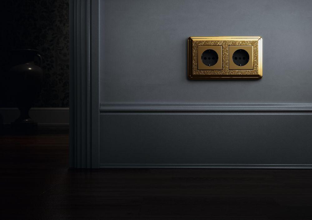 adelaparvu.com despre intrerupatoare si prize pentru case clasice, Gira colectia ClassiX Art (6)