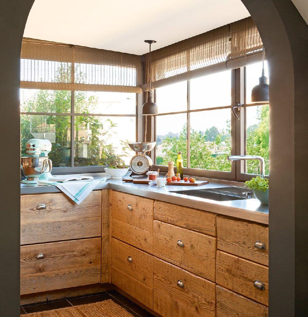 adelaparvu.com despre locuinta parter si mansarda in stil combinat clasic si rustic, designer Jeanette Tresing, Foto ElMueble (3)